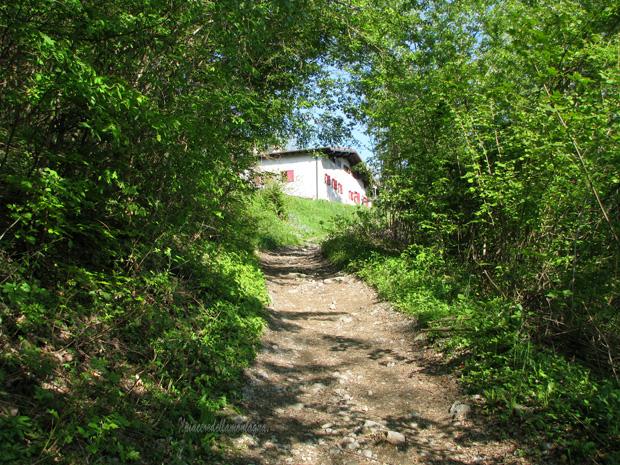 Baiedo pasturo rifugio riva for Piani di fattoria del cottage